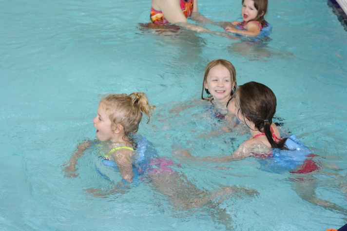 The girls are really enjoying swimming lessons this summer (Emma here).